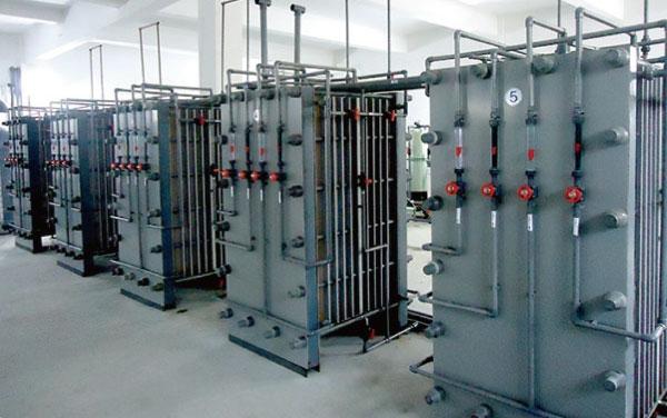 膜法废酸、废碱的提纯回收系统
